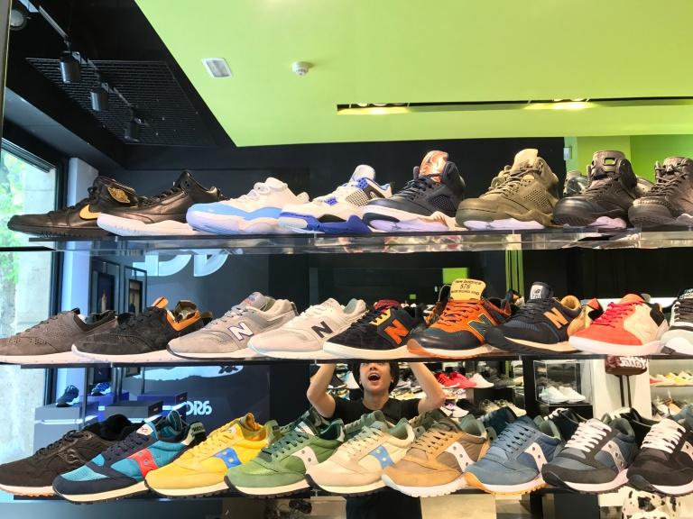 54ed01c5e0668c The 10 Best Sneaker Stores in Barcelona